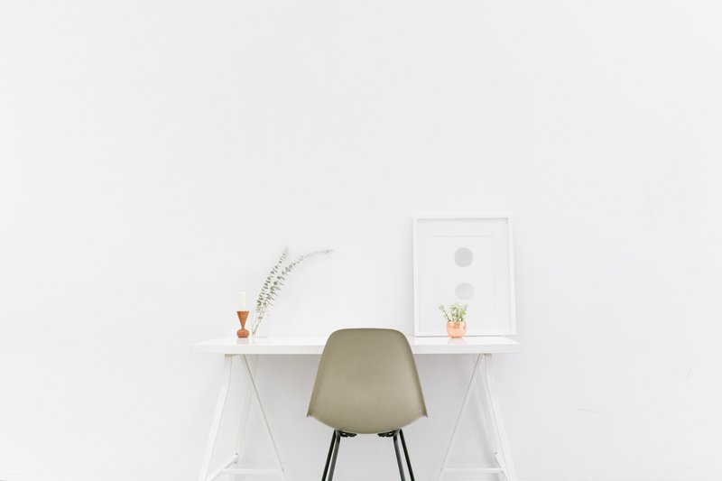 Minimalist Desk (Demo)